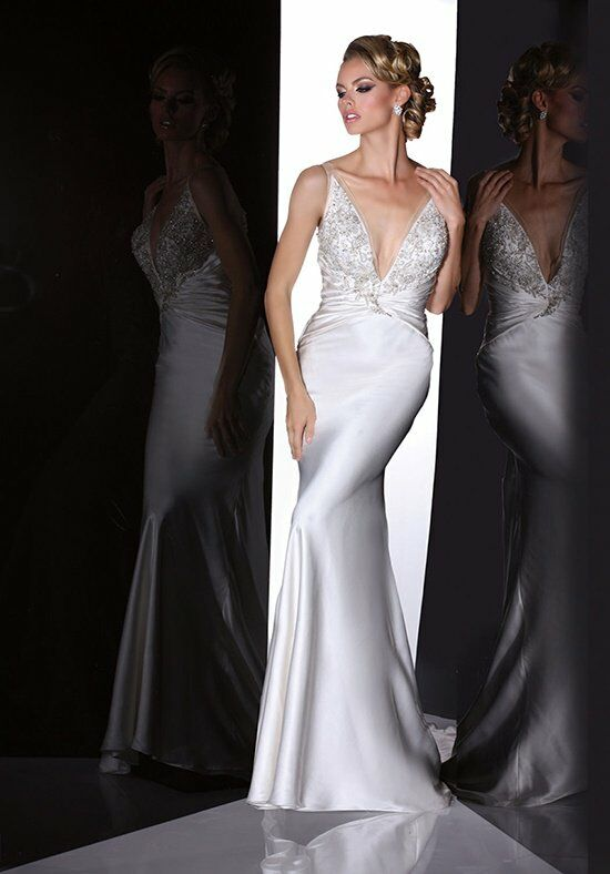 Simone Carvalli 90195 Wedding Dress photo