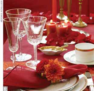 Garnet and tangerine place setting