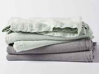 Stone washed linen bed blanket from Coyuchi