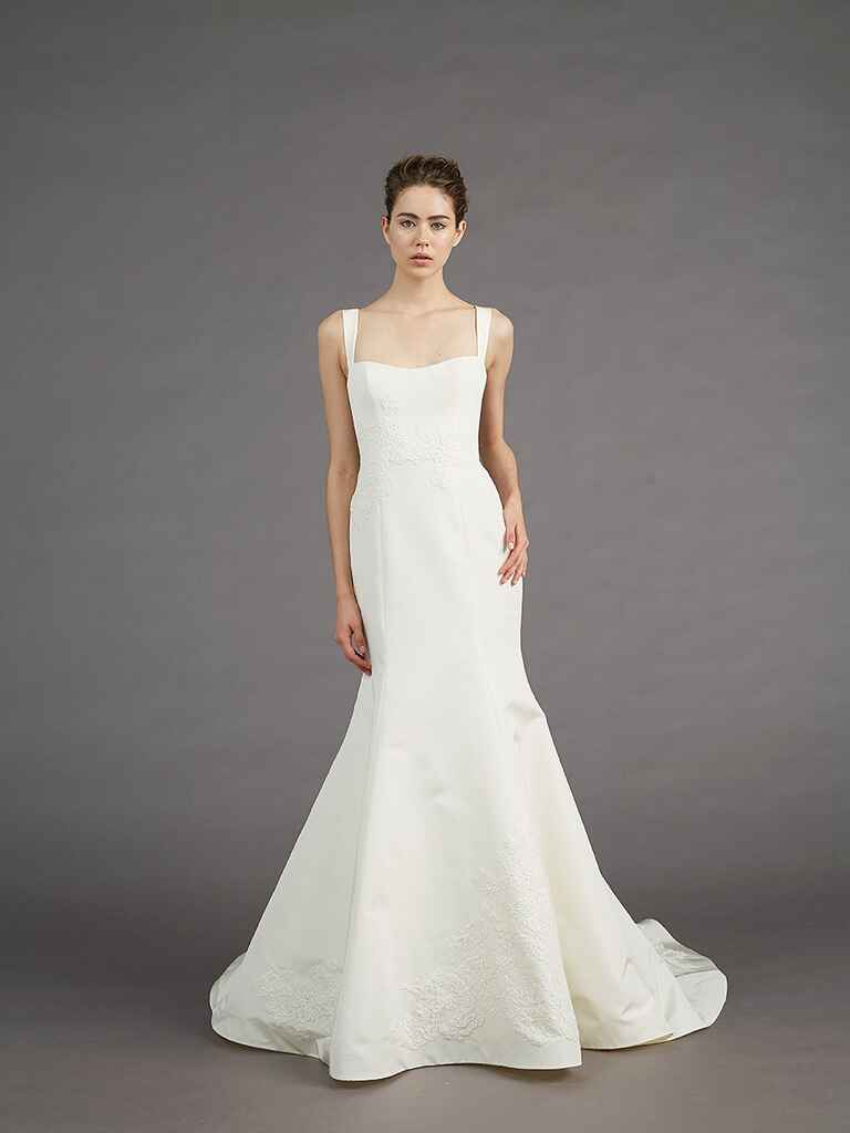 Amsale fall winter 2017 collection bridal fashion week photos for Clean my wedding dress