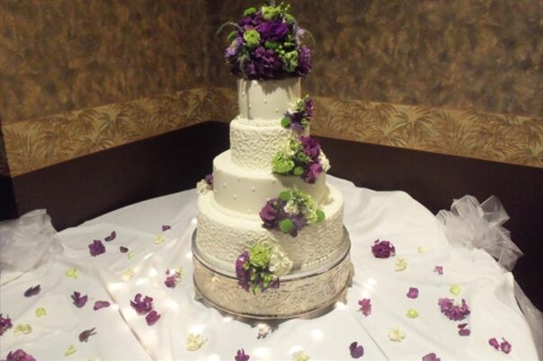 cheesecake wedding cakes cincinnati wedding cakes desserts in milford oh the knot 12570