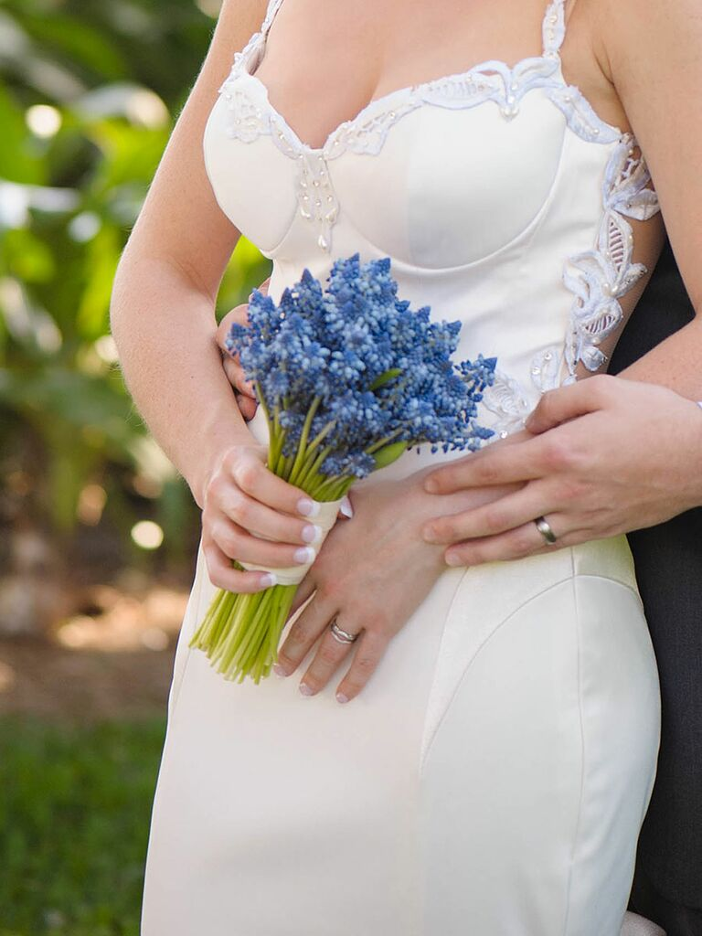 The best blue wedding flowers and 16 gorgeous blue bouquets blue wedding bouquet of blue grape hyacinth junglespirit Images