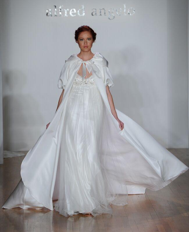 Jaw-dropping Wedding Dresses from New York Bridal Fashion Week!