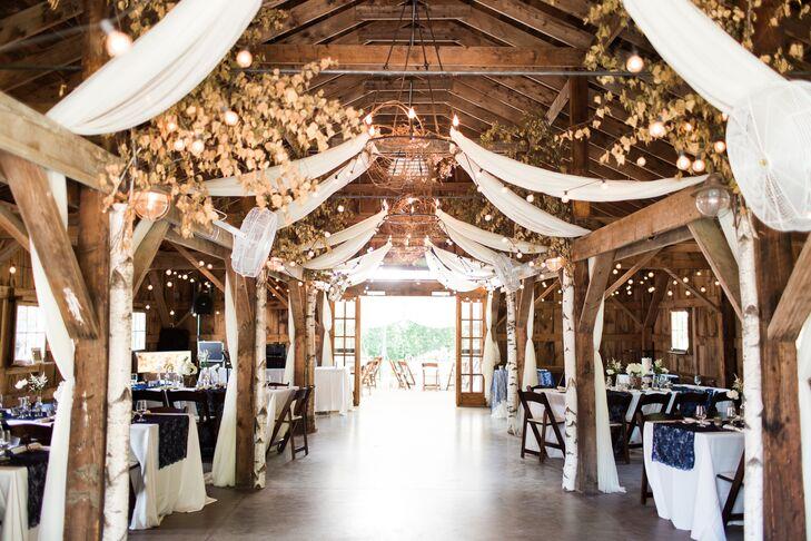 elegant  romantic barn reception at longlook farm