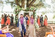 Roshni	Singerman (who practices Hinduism) and Scott Singerman (who practices Judaism) merged their religions in a rustic interfaith wedding at Ru's Fa
