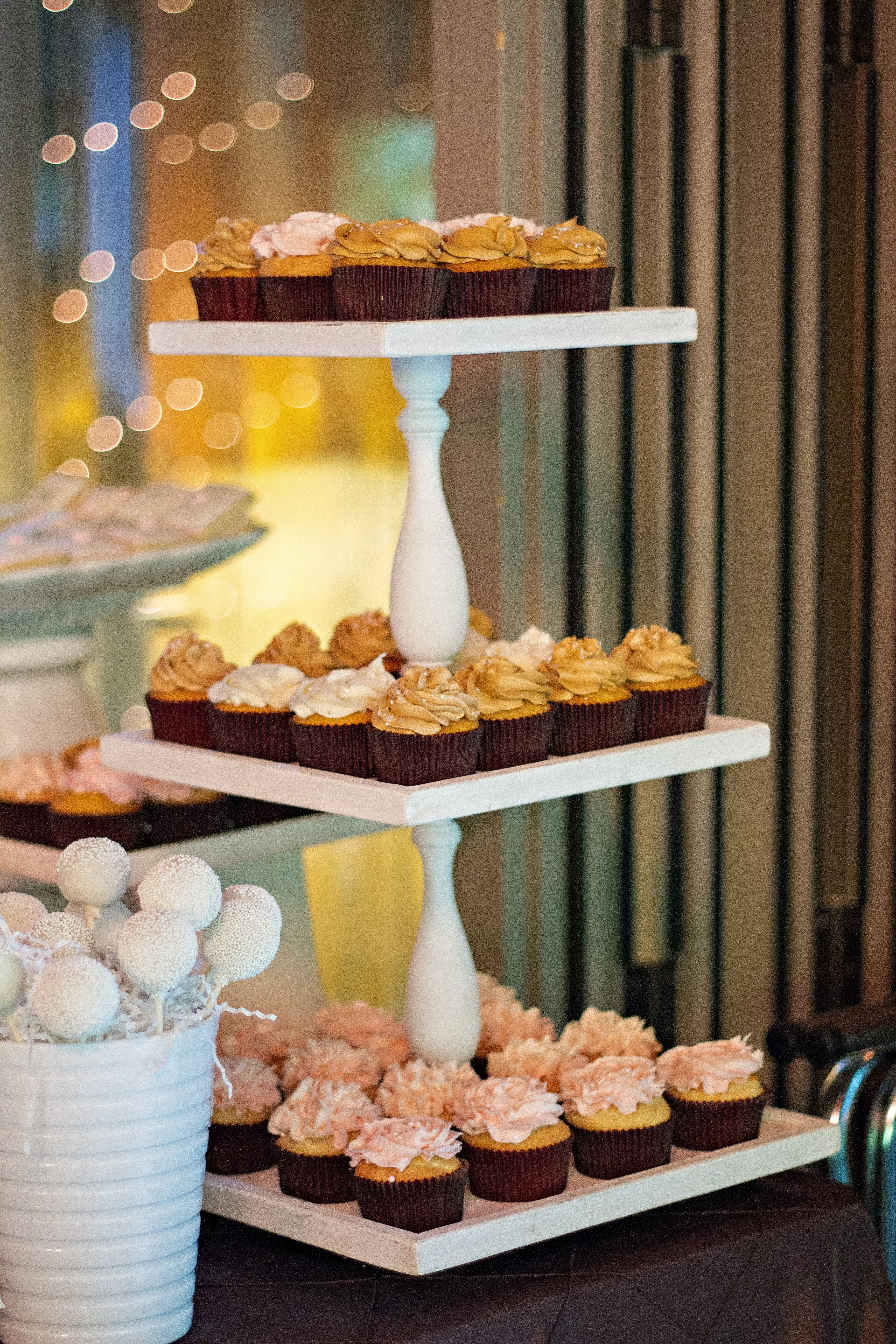 cupcakes instead of wedding cake cupcakes instead of wedding cake on a tiered stand 13145