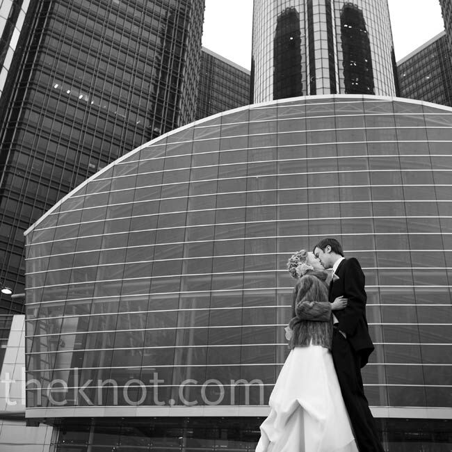 A Traditional Wedding In Detroit Mi: A New Year's Eve Wedding In Detroit, MI