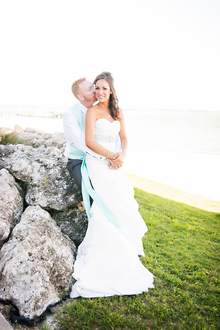 A Beach Themed Wedding At The Isla Del Sol Yacht And Country Club In St Petersburg Florida