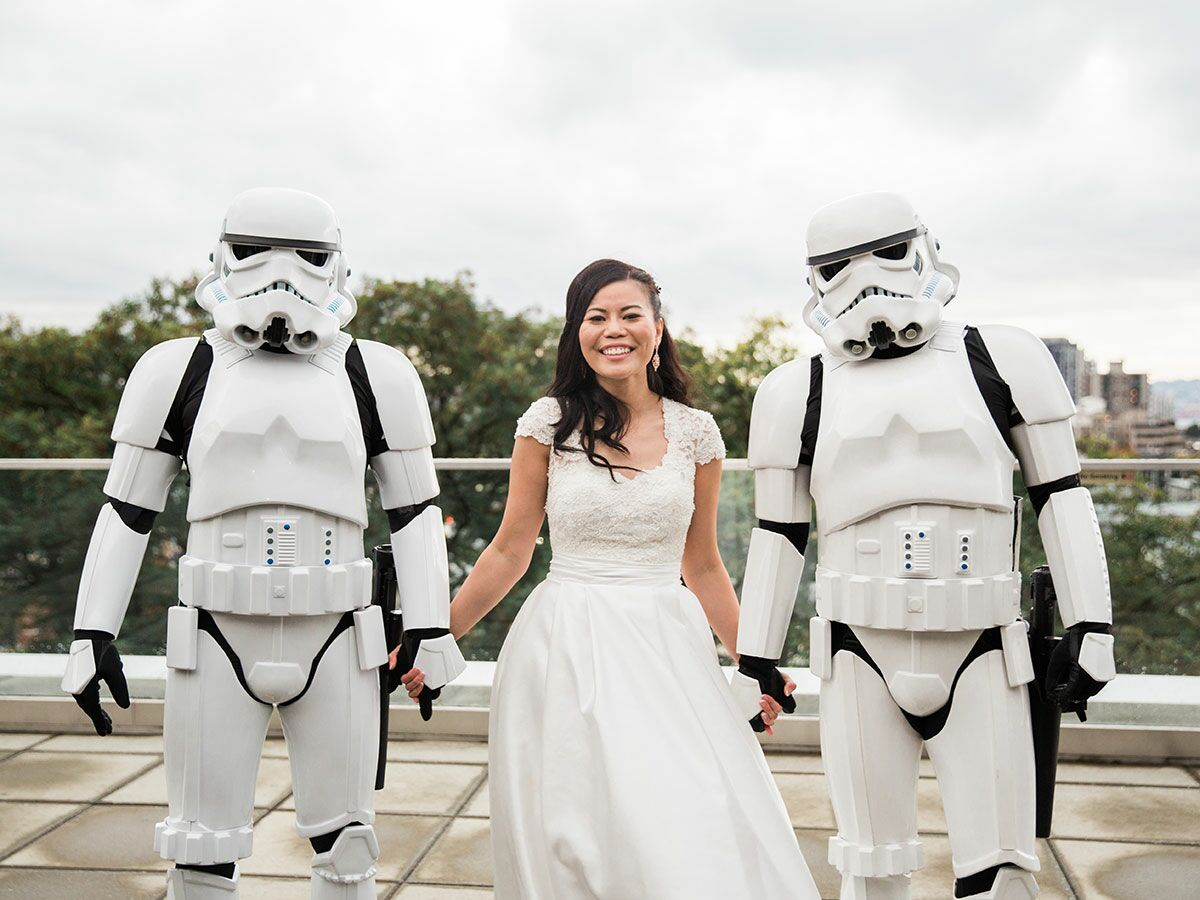 Star Wars–Themed Wedding Featured Surprise Stormtroopers