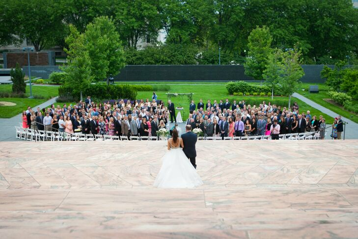 An Elegant And Traditional Wedding At Joslyn Art Museum In