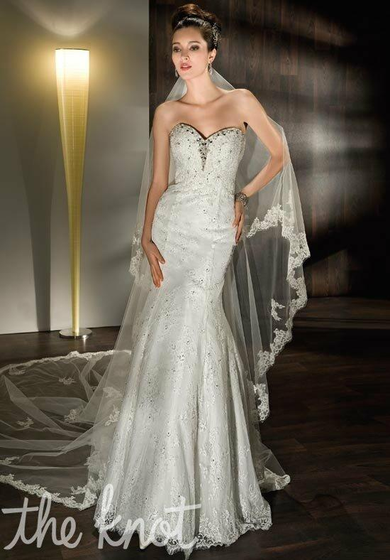 Demetrios 1422 Wedding Dress photo