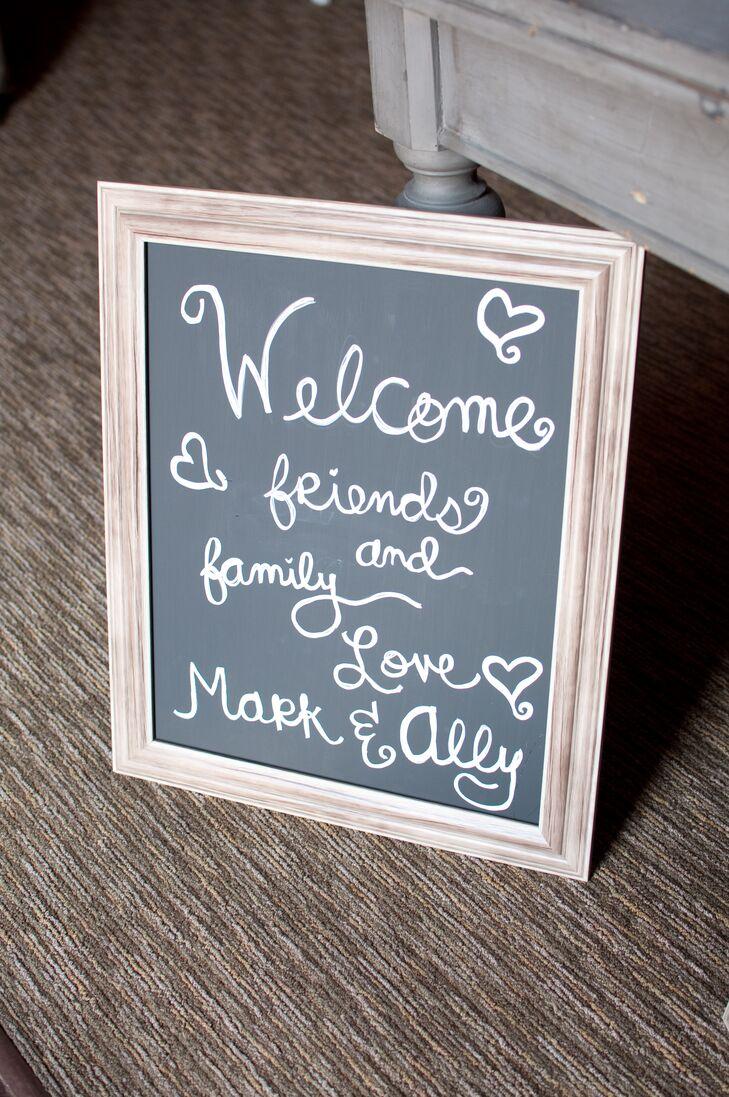diy framed chalkboard welcome sign - Diy Framed Chalkboard