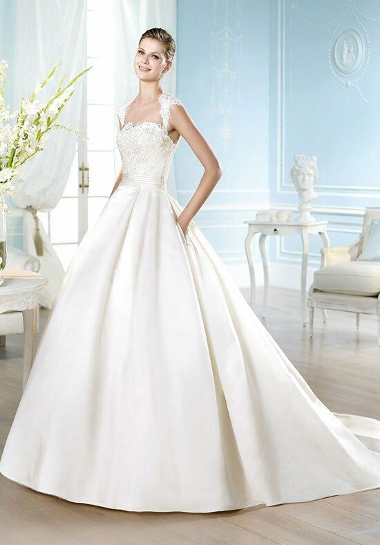 ST. PATRICK Costura Collection - Harper Wedding Dress photo
