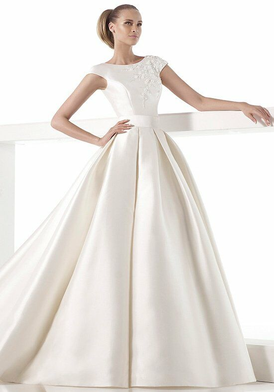 Pronovias kala wedding dress the knot for Wedding dresses the knot