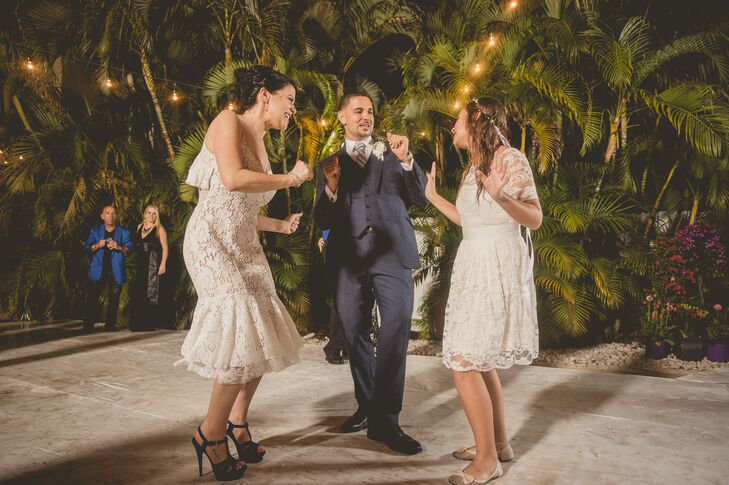 A Vintage, Rustic Wedding At A Private Residence In Miami