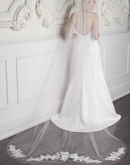 Mikaella by Paloma Blanca Veils Collection VM451C Wedding Accessory photo