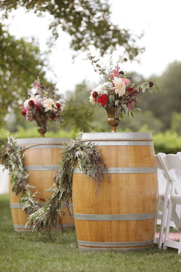 Vineyard Wedding Decorations Accents