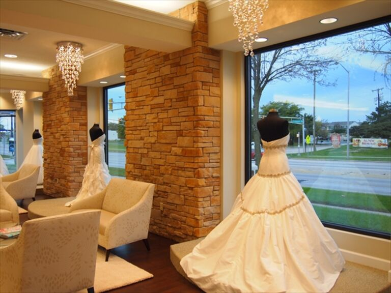Wedding Dresses in Fort Wayne