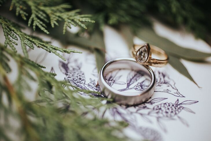Simple Elegant Wedding Bands