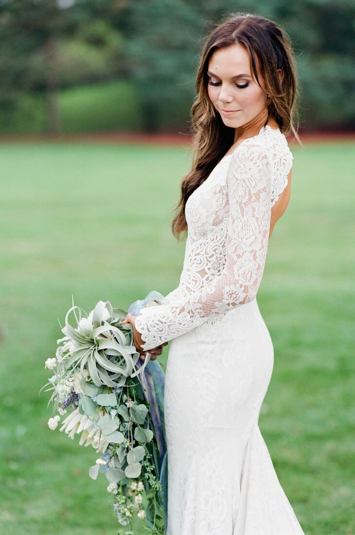 White Lace Long Sleeve Wedding Dress