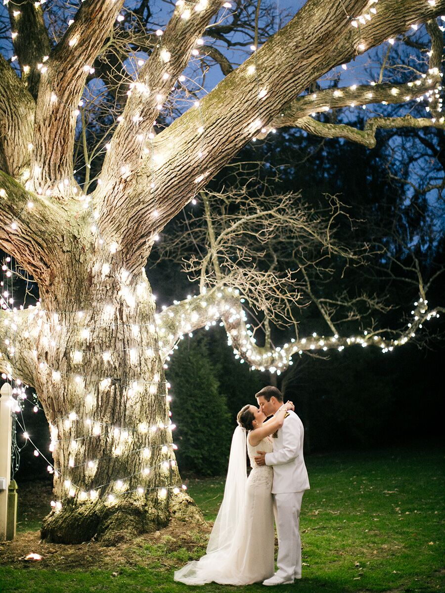 Romantic Ways To Decorate For Your Winter Wedding