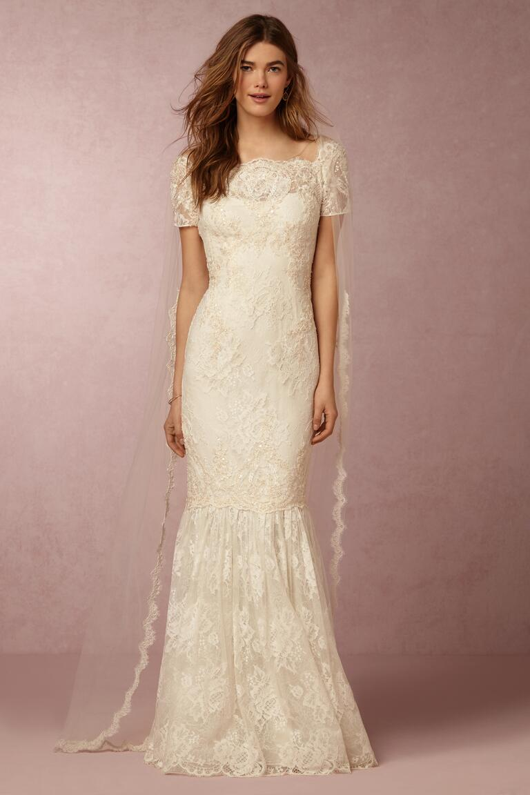 We 39 re obsessed with marchesa bhldn 39 s capsule collection for No lace wedding dress