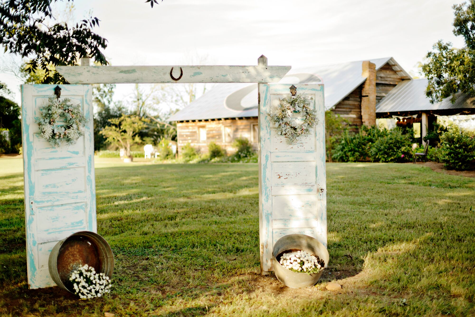 Rustic vintage door wedding arch for Archway decoration ideas