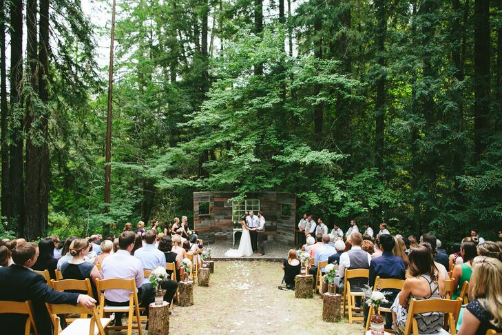 Delicieux Outdoor Forest Ceremony