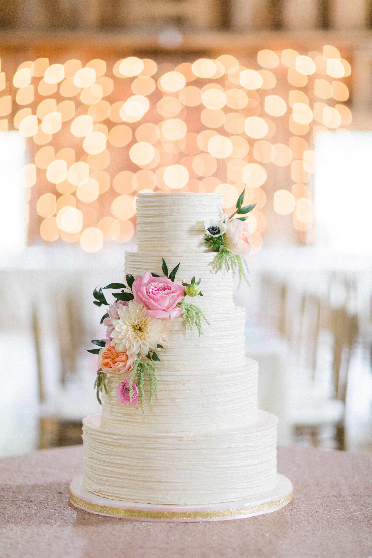 buttercream wedding cake with fresh flowers. Black Bedroom Furniture Sets. Home Design Ideas