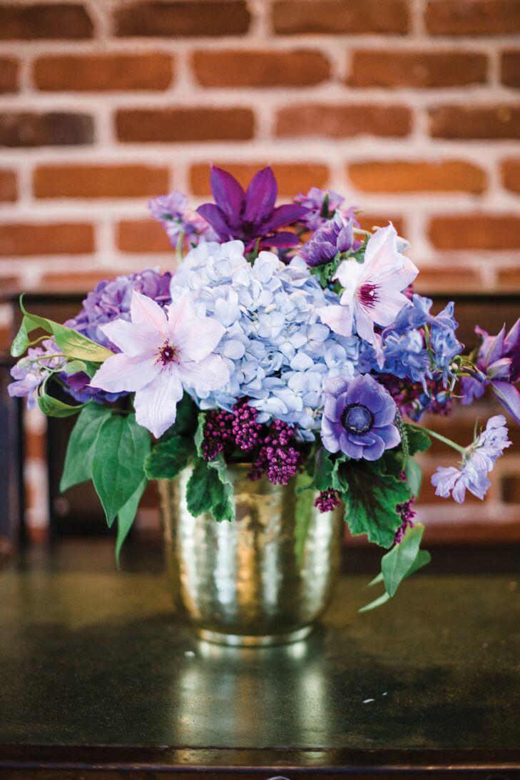 Blue and purple floral centerpieces izmirmasajfo