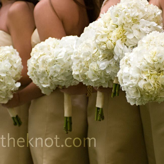 Has Anyone Ordered Wedding Flowers From Costco : White bridesmaid bouquets