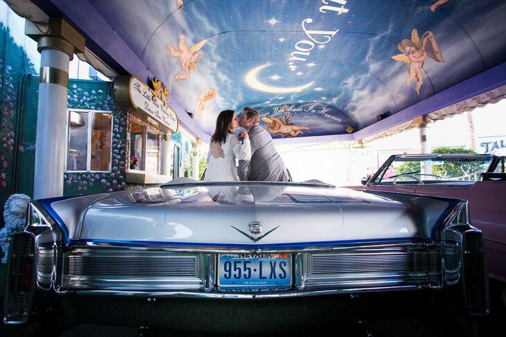 a retro drive through elopement at little white wedding chapel in las vegas nevada