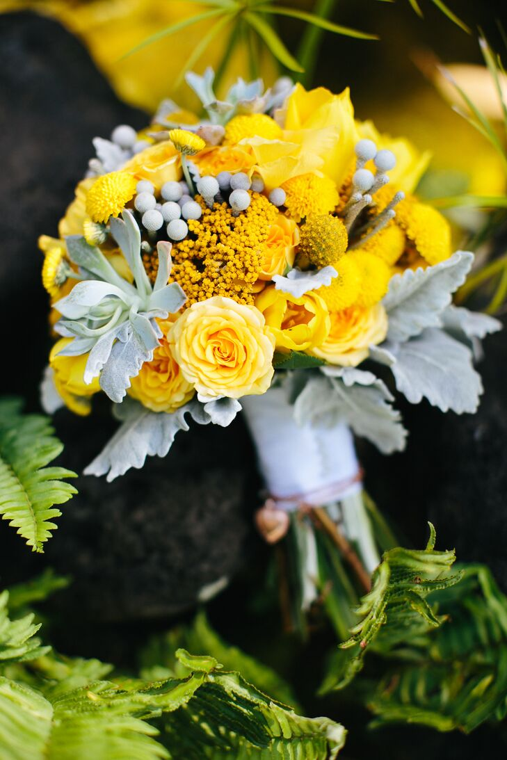 Yellow Bouquet with Roses, Dusty Miller and Craspedia