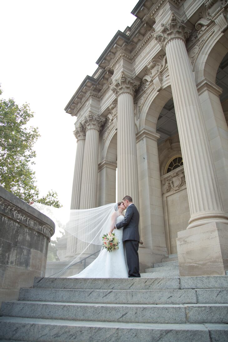 A Bright and Classic Wedding at George Washington Hotel in ...