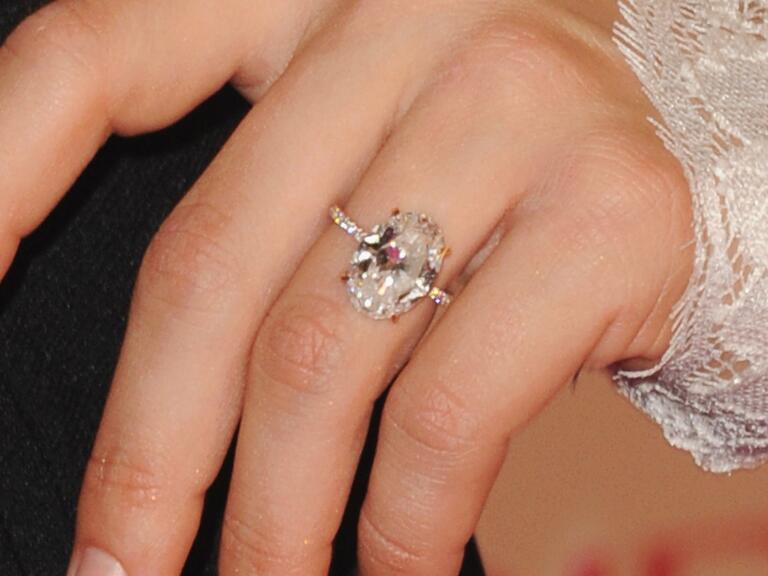 Julianne Hough's engagement ring