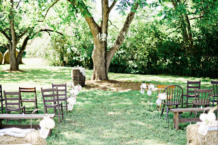 A Country-Themed Wedding At The Barn On Belmont In Athens