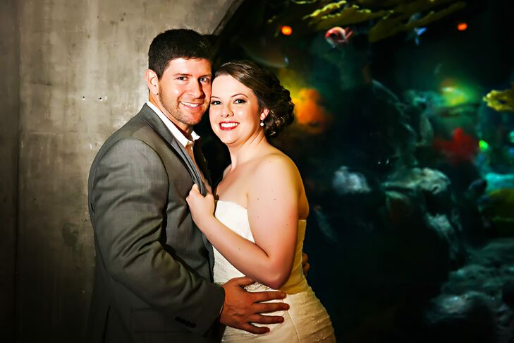 A Peacock Inspired Wedding At The Florida Aquarium In Tampa