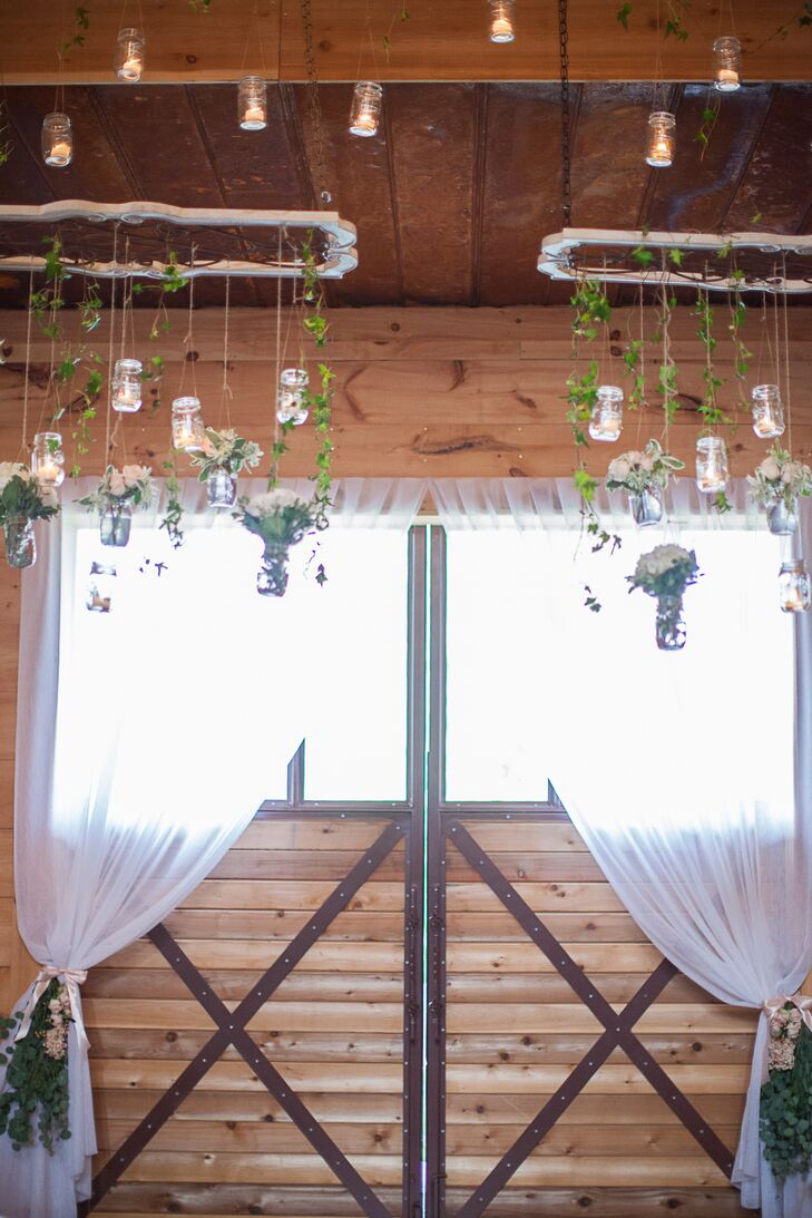 Hanging Vines and Candles Decor