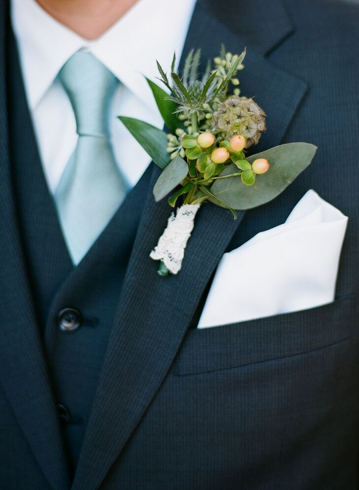 An elegant vintage wedding at laurel court in cincinnati