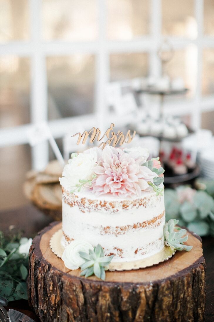 Simple small wedding cake junglespirit Choice Image