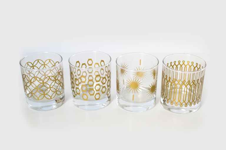metallic print glassware cheap diy wedding gift ideas