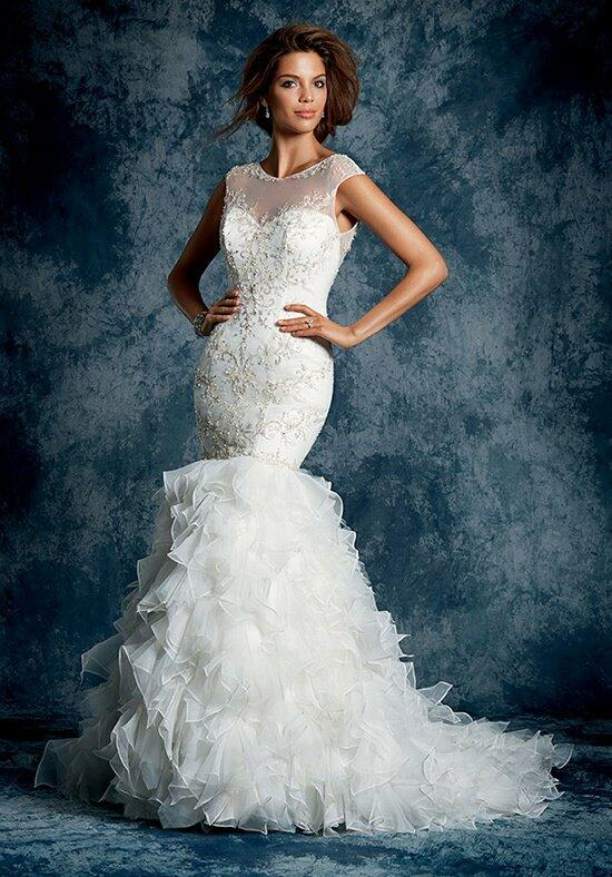 Alfred Angelo Sapphire 898 Wedding Dress photo