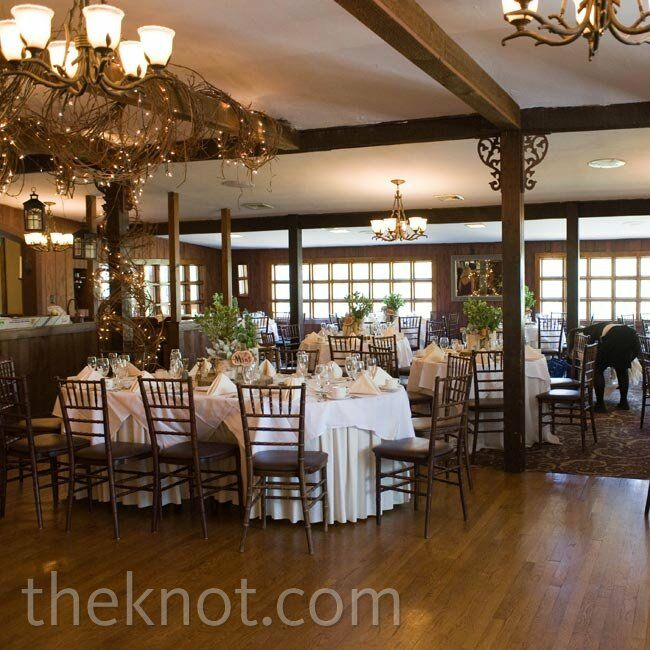 Fraser Valley Wedding Rustic Decorations: Stroudsmoor Country Inn Wedding Reception