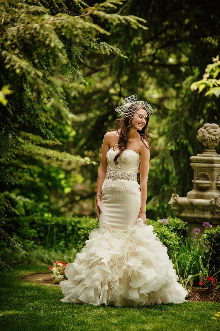 Ruffled vera wang bridal gown for Wedding dresses in kalamazoo mi