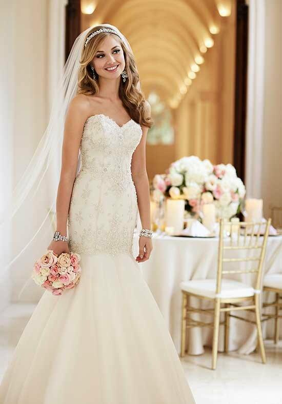 Stella York 6107 Wedding Dress photo