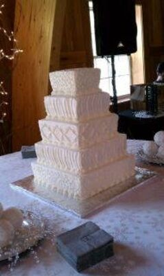 best wedding cakes in des moines wedding cakes desserts in des moines ia the knot 11569