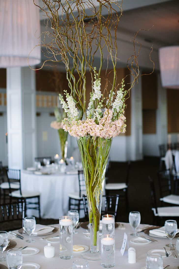 Tall Centerpiece Height : Tall centerpiece with white and blush linaria
