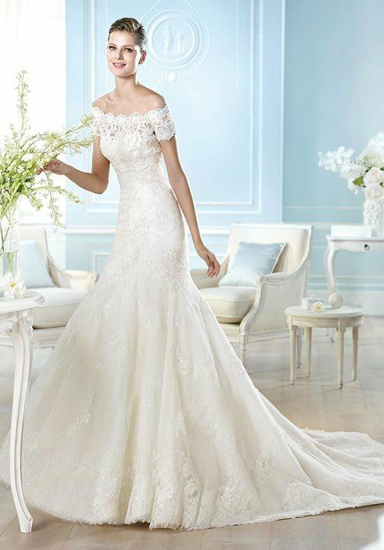 ST. PATRICK Fashion Collection - Hafli Wedding Dress photo