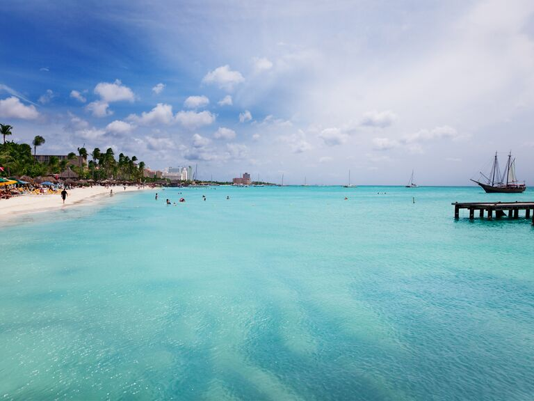 Amazing beach honeymoon in Aruba, Caribbean Sea
