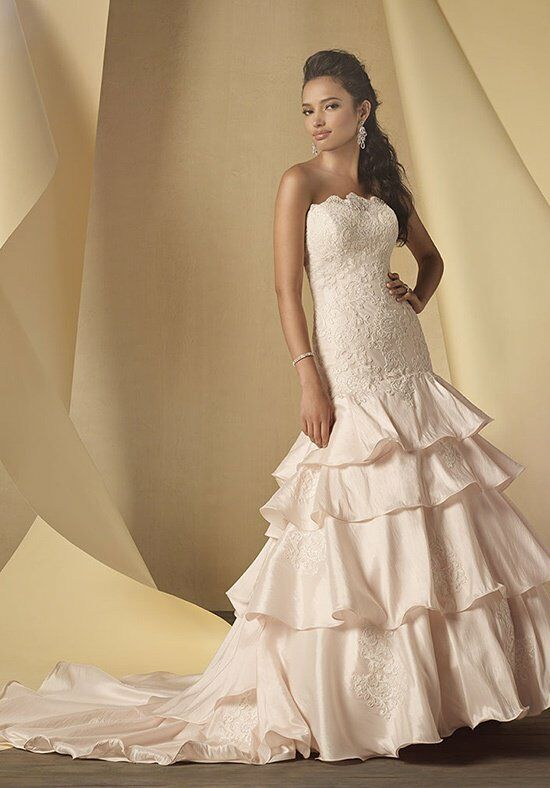 Alfred Angelo Signature 2451 Wedding Dress photo